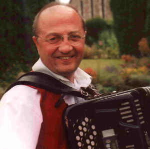 4 to 6 piece band led by one of the UK's top accordionists
