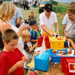 craft workshops for family fun days