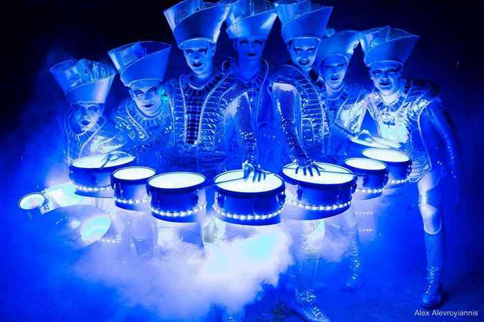 Illuminated drum group