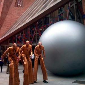 Aliens and Giant Sphere street theatre act