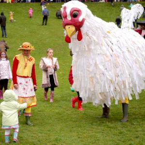 Giant Chicken street theatre act